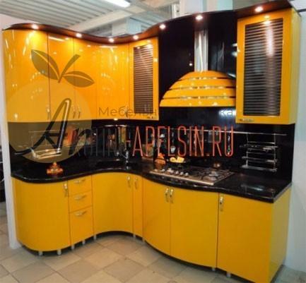 Кухня желтая 11