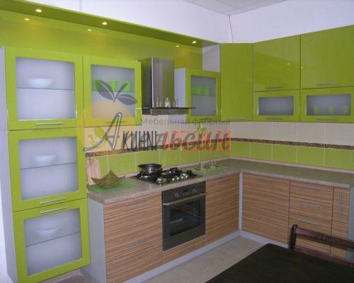Кухня зеленая 15