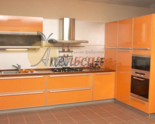 Кухня оранжевая 11