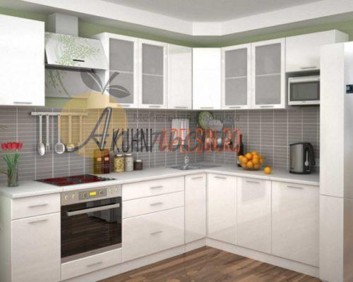 Кухня светлая 13