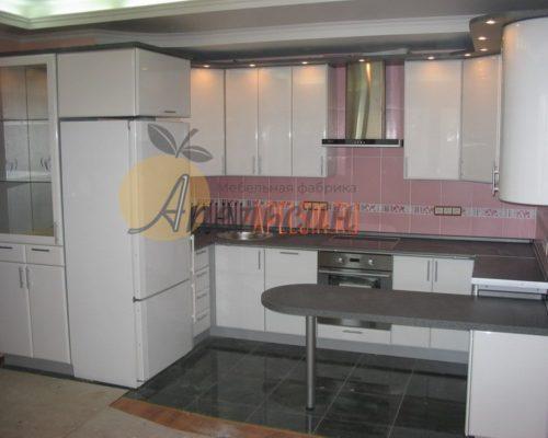 Кухня светлая 14